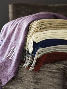 A wonderful gift for a your close girlfriends, the Woven Cashmere Throw is available in a wide array of rich colors to suite any style.