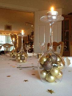 Mesa de Navidad centro de mesa con copas