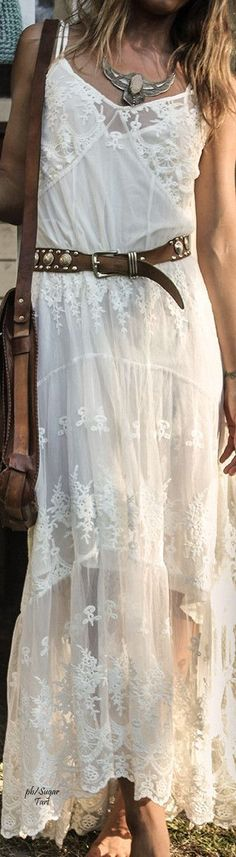 bohemian boho style hippy hippie chic bohème vibe gypsy fashion indie folk look   Feathers, Style and Hippies