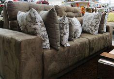 sofa com almofadas - Pesquisa Google