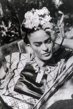 Reinette: Frida Kahlo and Diego Rivera Diego Rivera, Cindy Sherman, Exposition Interactive, Museum Ludwig, Georgia O'keeffe, Frida Kahlo Portraits, Kahlo Paintings, Oil Paintings, Frida Art
