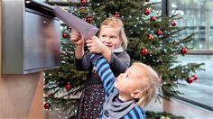 Duisburg: Mitarbeiter von thyssenkrupp sammeln in der Weihnachtszeit für benachteiligte Schulkinder