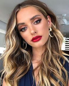 47 Makeup ideas guaranteed to wow - eye shadow ,gold eye makeup ,eye makeup for . - Make Up 2019 Prom Makeup For Brown Eyes, Red Lips Makeup Look, Red Lipstick Makeup, Makeup Looks, Hair Makeup, Make Up Brown Eyes, Eyemakeup For Brown Eyes, Red Dress Makeup, Red Lipstick Looks