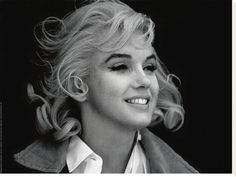 Marilyn Monroe Print by Eve Arnold at Art.com