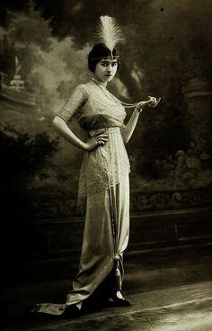 Les Modes (Paris) 1912 Robe de Diner par Doeuillet