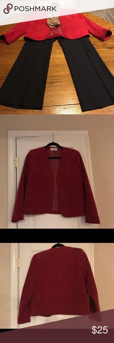Vintage ultra suede blazer jacket size 6 Vintage Count Romi ultra suede blazer jacket size 6. Sleeves measures 22.5 inches. This is a simple blazer that would be cute paired with jeans or dressed up. Count Romi LTD Jackets & Coats Blazers