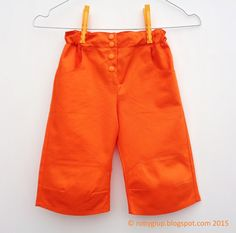 Boy knee-length capris in orange cotton - by RobyGiup handmade #sewing #children #clothing #outfit #birthday