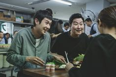 Critique du film de Bong Joon-Ho Choi Wo Sik et Song Kang-Ho Oscar Best Picture, Lee Sun Kyun, In Cinemas Now, Park So Dam, Will Smith, Song Kang Ho, Best Screenplay, Best Director, Mark Ruffalo