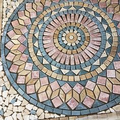Check out the deal on Medallion Paris - at GBTile Collections Mosaic Pots, Mosaic Diy, Mosaic Garden, Mosaic Glass, Mosaic Tiles, Mosaics, Paving Pattern, Concrete Steps, Mosaic Artwork