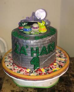 """Shanequa jackson on Instagram: """"Ninja Turtle Cake #neeneestastitreats #happybirthday #ninjaturtles #ninjaturtlecake #cakeartist #bronxbaker #fromscratch #pizza…"""" Happy Birthday, Birthday Cake, Ninja Turtles, Jackson, Pizza, Desserts, Instagram, Food, Happy Brithday"""