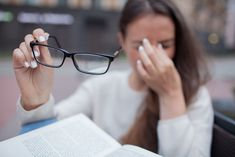 Closeup portrait of attractive female with eyeglasses in hand. Poor young girl has issues with vision. She rubs her nose and eyes out of fatigue. A student tired to study and read books. What Causes Dry Eyes, Health And Fitness Tips, Health And Wellness, Blurry Eyes, Multiple Sclerosis, Get In Shape, Boho, Surgery, Watercolor Wallpaper