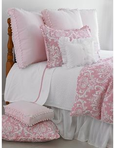 Maggie Duvet Cover - I would love this for a little girls room :)