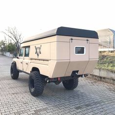 "#Landrover #Defender 130"" Land Rover Defender 130, Landrover Defender, Landrover Camper, Defender Camper, Jeep Jk, Pickup Camper, Truck Camping, Camping Tips, Chevy"