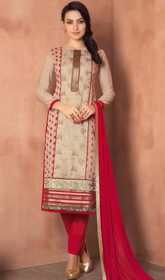 Captivate the essence of elegance donning this beige color chanderi pant style dress. The ethnic patch, lace and resham work to your clothing adds a sign of magnificence statement with your look. #beigecolordresses #pantstylecasualsuits #chanderisilksuit