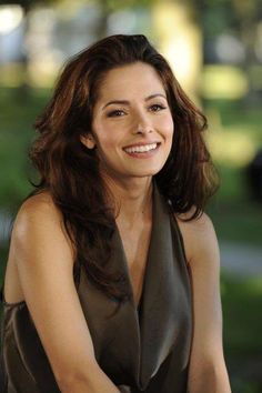 "Sarah Shahi as ""Kate Reed""."