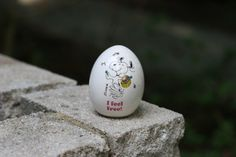 Vintage Snoopy I Feel Free Egg Bank / Snoopy by theretrobeehive, $18.50