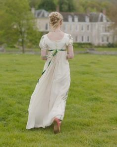 Emma Movie, Emma Jane Austen, Best Costume Design, Anya Taylor Joy, 18th Century Fashion, Pride And Prejudice, Movies And Tv Shows, Fairytale, Vintage Dresses