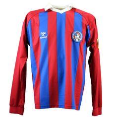 Tibet football shirt 2001/2002 XL (Hummel) Vintage Football Shirts, Tibet, Wetsuit, Sweatshirts, Swimwear, Sweaters, How To Wear, Fashion, Scuba Dress