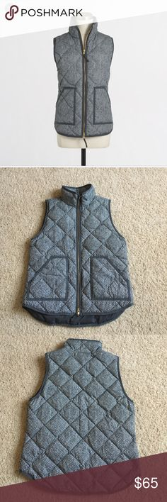 J Crew Factory Printed Quilted Puffer Vest Sz Med Grey herringbone print puffy vest. Down-filled poly. Hits at hip. Has standing collar, zip closure and patch pockets with hidden snap closure. Excellent condition. No trades or PayPal. J. Crew Factory Jackets & Coats Vests