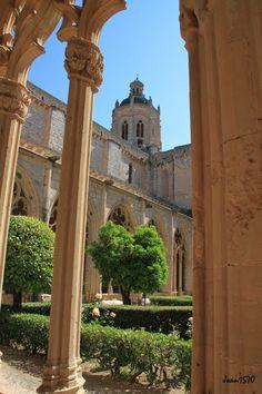Monasterio de Santes Creus  Tarragona  Catalonia