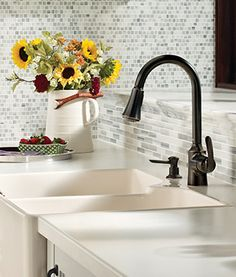 The beautifully designed Bayhill™ line features soft curves and flowing lines to complement any home. Bayhill offers an updated, yet classic design for those who prefer traditional styles.