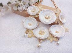 White wedding necklace flower wedding by DreamyFlowerWonder