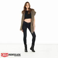 La mejor combinación: jeans + crop top. #ArmaTuOutfit #OggiJeans #Mexico #MyStyle #Moda #SienteElAzul #StreetStyle #DailyOutfit #OOTD #Denim #Jeans #Mezclilla