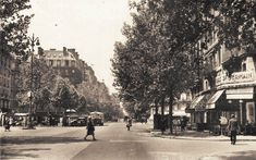 La place Maubert et le boulevard Saint-Germain vers 1920  (Paris 5ème).