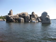 Bismarck Rocks - Mwanza Tanzania! Such wonderful Rocks