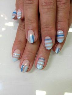 Nude blue striped nailart #nailart #nails #blue #nude #stripe