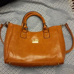 Spectacular leather from a sought after designer. Long leather handle as well as carry handles. Coach Handbags, Coach Bags, Leather Handle, Designer Handbags, Couture Bags, Designer Purses, Coach Purses, Coach Purse