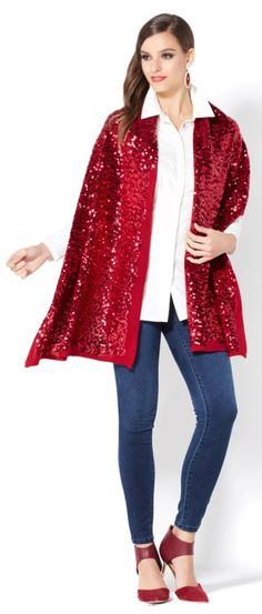 Sparkle and shine wherever you go this holiday season, whether it's a party, the office or just running around town! This cozy sequin cardigan is available in 5 gorgeous colors - Purple, Champagne, Black, Red, and Silver Gray! Where would you wear this beautiful piece? How would you style it differently for the day and night?
