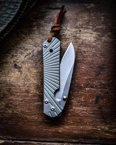 Wilson Combat, Edc Knife, Axe, Sword, Knives, Instagram, Knife Making, Knifes, Swords