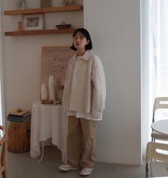 vividspark Korean fashion Modest Outfits, Modest Fashion, Cute Outfits, Fashion Outfits, Minimal Outfit, Minimal Fashion, Japanese Fashion, Asian Fashion, Korean Aesthetic
