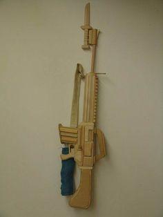 Cool Stuff Made from Wood : Gun