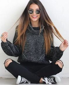 Find and save up to date fashion trends and the latest style inspiration, ootd photography and outfit looks Teen Fashion, Winter Fashion, Fashion Trends, Teenager Fashion, Fashion 2016, School Fashion, Fall Outfits, Cute Outfits, Unique Outfits