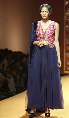 @ManishMalhotra1's Brilliant #AW13  #Desi Collection @ Wills Lifestyle India Fashion Week -  http://www.facebook.com/pages/Manish-Malhotra/147482601960327 - http://www.manishmalhotra.in/flash.html (pic: Cameraworx)