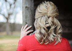 The ability to capture a great shot in a photo is an art form. This hair tutorial is extra special because the photos are taken from the talented Casey Rose Photography. She did an exceptional job …