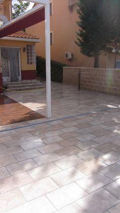 Propuesta de solado de patio, modelo Valle de Jaca de 30x60cm