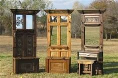 awesome old doors turned into entryway benches. Added mirrors, crown molding and hooks spruce them up. I have the old door we took off our home. Furniture Projects, Home Projects, Diy Furniture, Furniture Plans, Pallet Projects, Rustic Furniture, Antique Furniture, Modern Furniture, Craft Projects