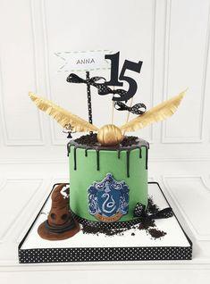 Potter Box, Harry Potter Food, Slytherin, 12th Birthday, Birthday Cakes, Harry Potter Birthday Cake, Draco Malfoy, Custom Cakes, Nail Arts