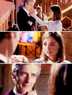TVShow Time - Dr Who (2005) S09E10 - Le corbeau
