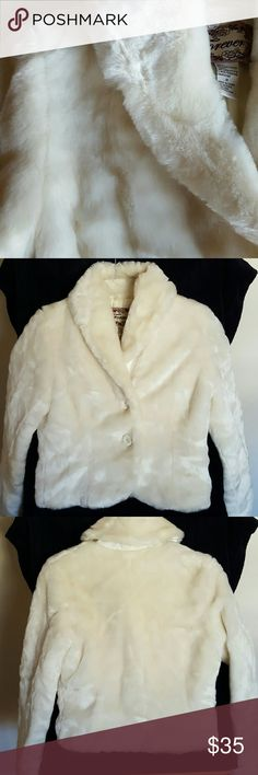 Furry Forever jacket For sale  This is one gorgeous jacket that is in excellent condition.  Two buttons, very stylish  Off white Forever 21 Jackets & Coats Blazers