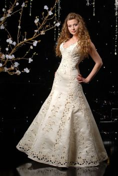 cutwork lace wedding dress | The wedding dresses of «White Rose Bridal World» are quite luxurious ...