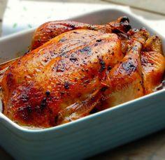 Un dimanche à la maison... Chez nous, le poulet rôtiau four c'est le plat du dimanche par excellence, c'est le plat symbolique d'un repos bien mérité. Et