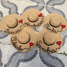 4bbddd62 Sombreros De Verano, Sombreros De Playa, Sombreros Pintados A Mano, Bolsos,  Zapatos