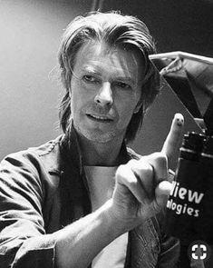 All The Nobody People David Bowie, Mick Ronson, Bowie Starman, The Thin White Duke, Looks Black, Ziggy Stardust, David Jones, My Favorite Music, Role Models