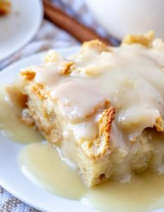 close up picture of bread pudding Pudding Desserts, Pudding Recipes, Easy Desserts, Bread Recipes, Delicious Desserts, Cake Recipes, Dessert Recipes, Drink Recipes, Dinner Recipes