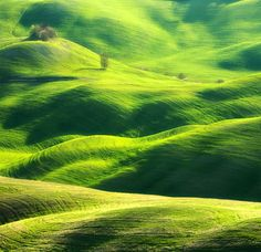 Photographs of the Tuscan and Moravian Landscapes by Marcin Sobas