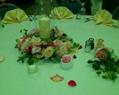 Candle ring with roses and hydrangea